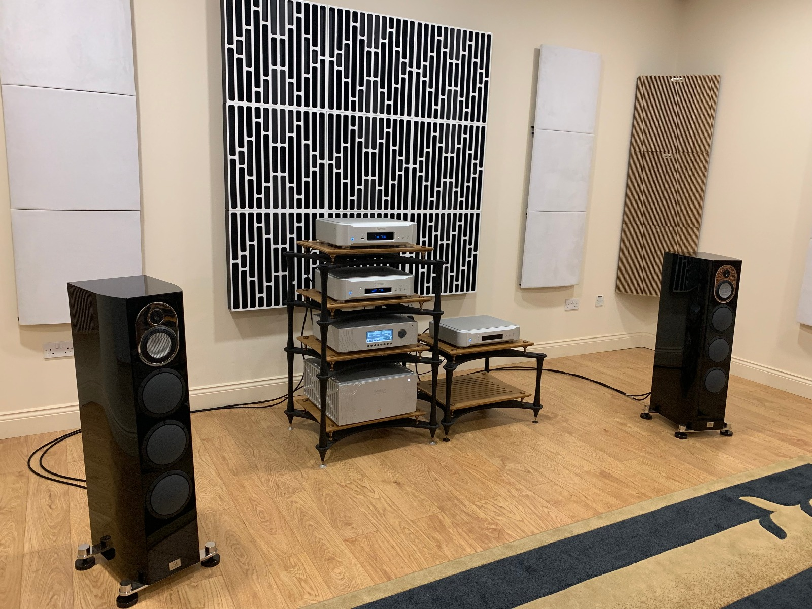 Esoteric Nintronics Demo Room
