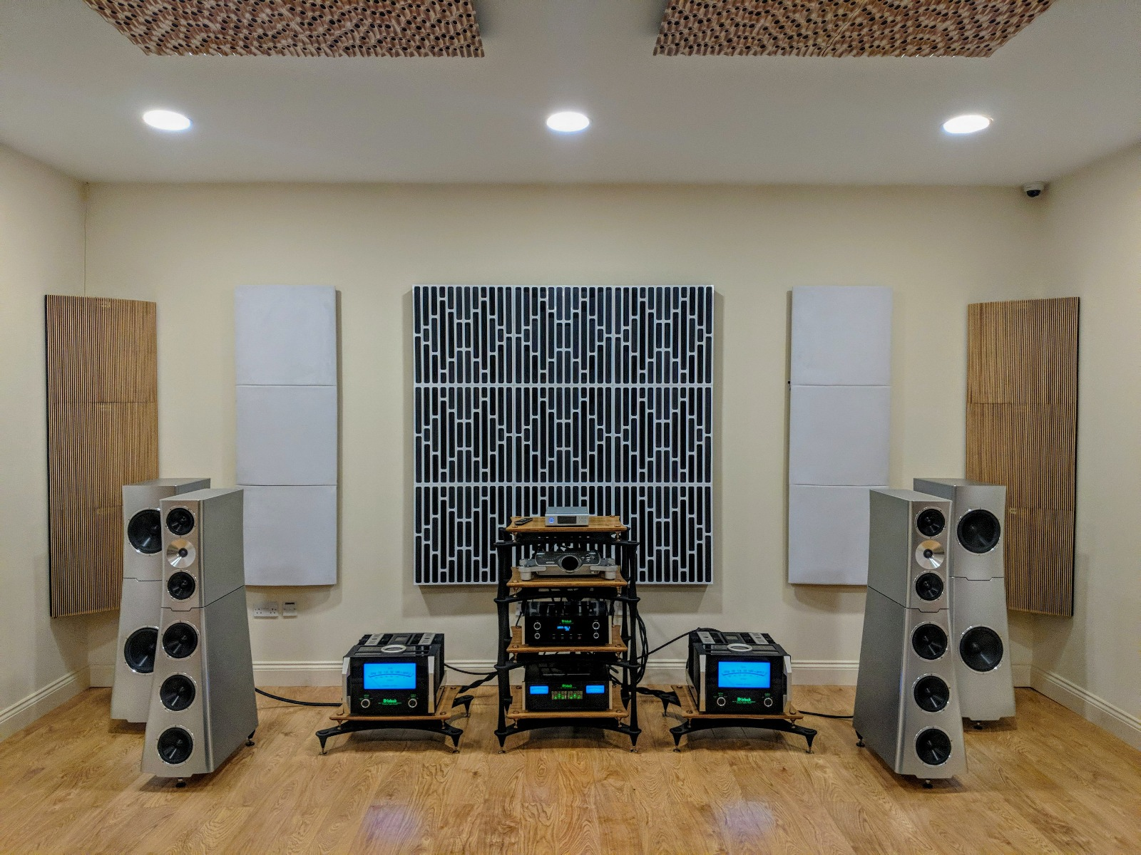 YG Acoustics Main Demo Room